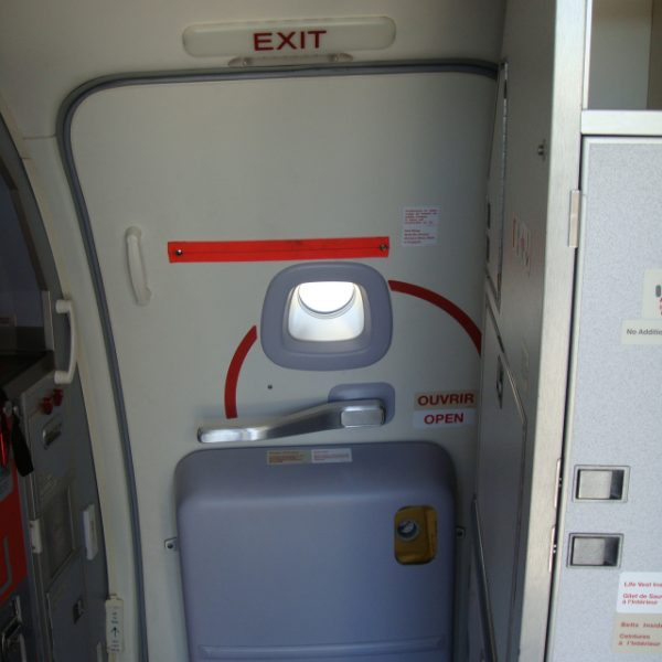 Door painted with HSH IP1065B thanks to FAA/EASA Paint Certification